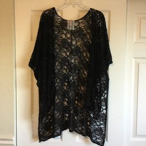 Used Sz. M Black  Lace Kimono by Mauve